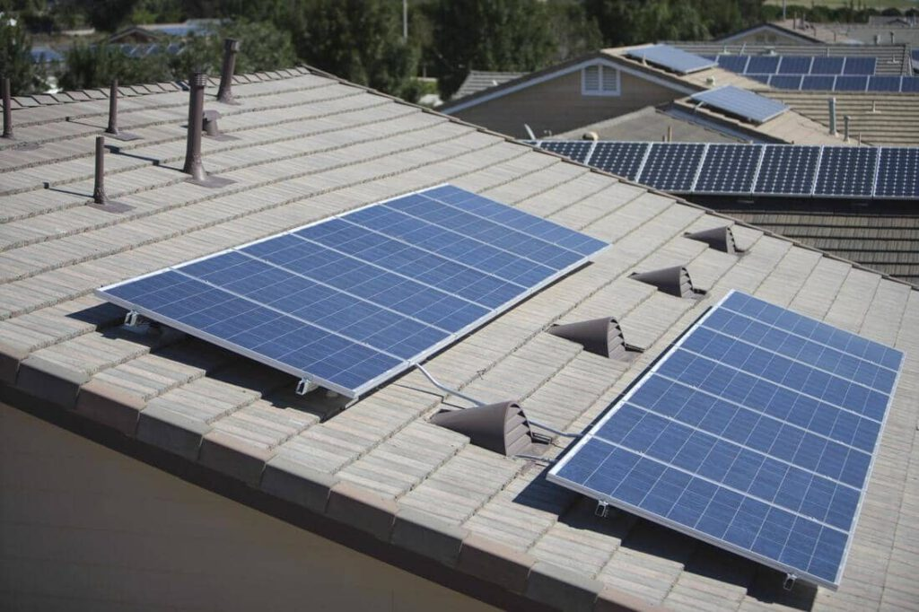 South Shore Window Cleaning - Solar Panel Cleaning Service
